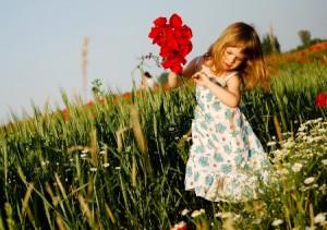 Petite fille qui danse